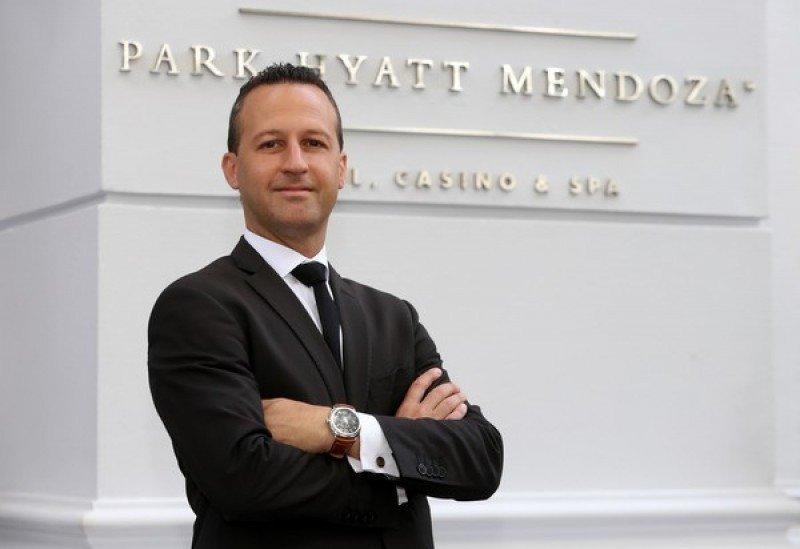 Leandro Livschitz es el nuevo gerente general del Park Hyatt Mendoza.