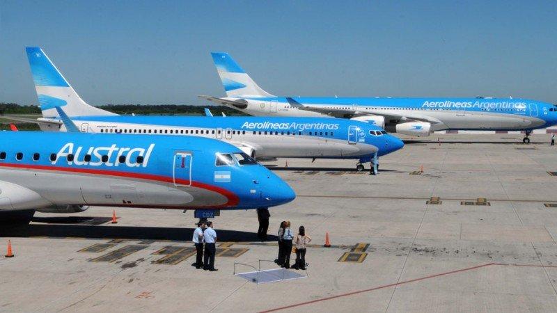 Aerolíneas Argentinas-Austral domina la ruta Aeroparque-Carrasco.