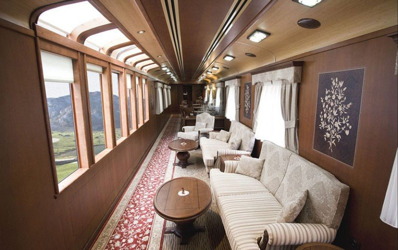 Interior del tren Transcantábrico Gran Lujo.