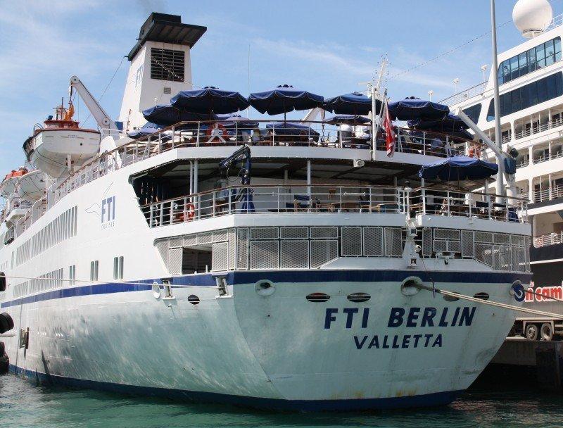 Almería espera la llegada de 30.000 cruceristas este año