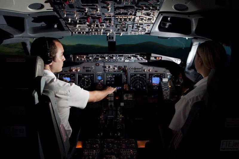 easyJet formará y reclutará pilotos en España por primera vez, a través de la escuela de pilotos FTEJerez.