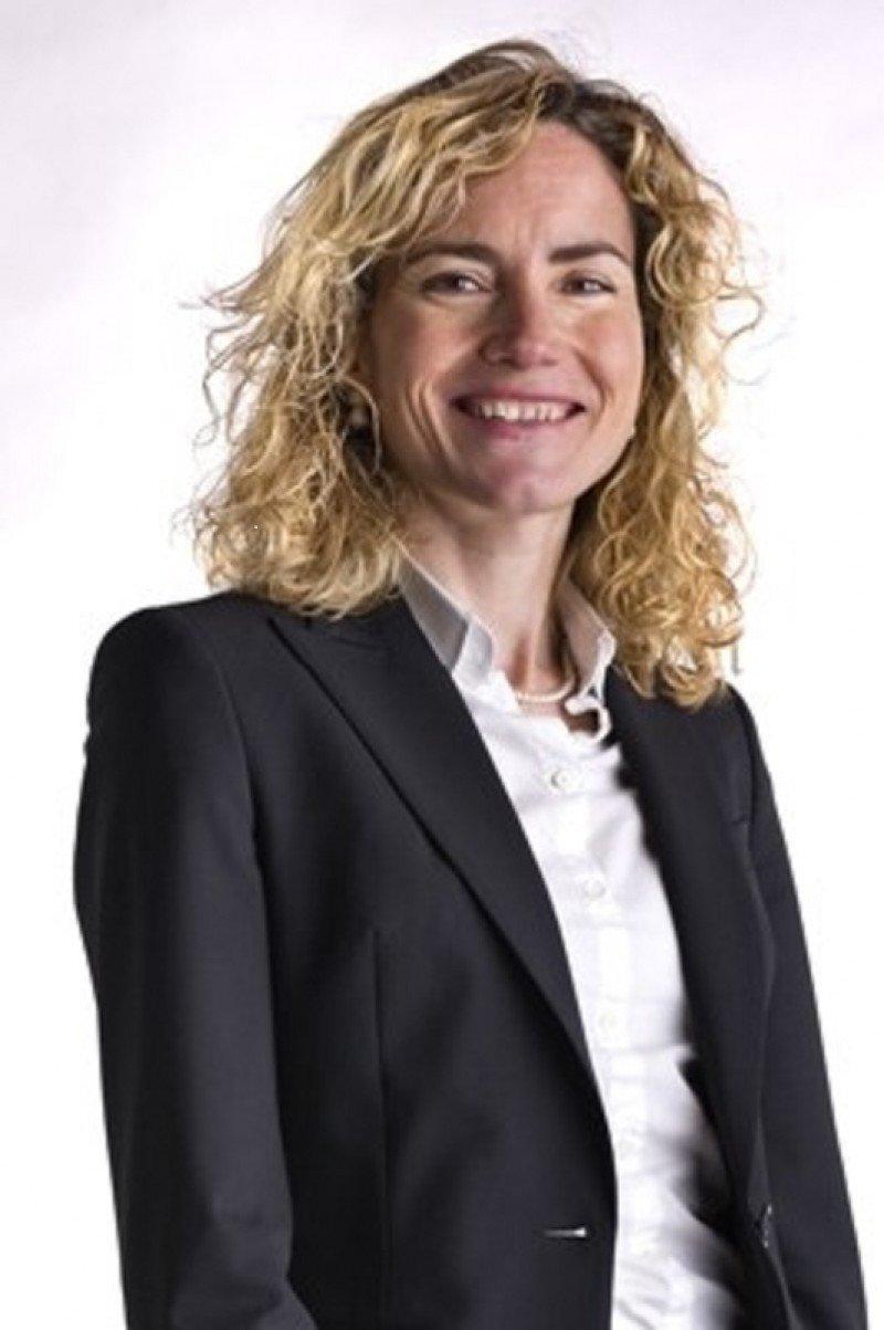 Sonia Jerez pasa de la Dirección de Áreas Corporativas de Vueling al área financiera de Wizz Air.