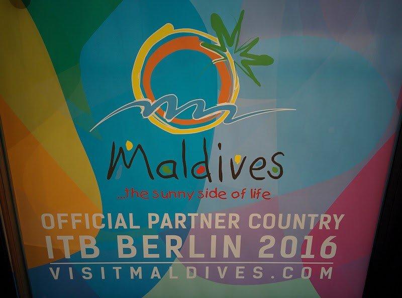 El nuevo logotipo de Maldivas presentado en la feria ITB de Berlín.
