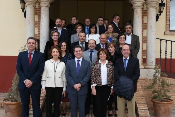Emiliano García-Page suscribó el acuerdo con los nueve establecimientos termales que se adherirán al programa.