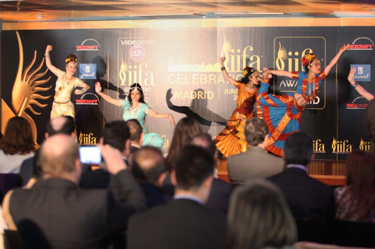 Presentación de la gala de cine Bollywood.