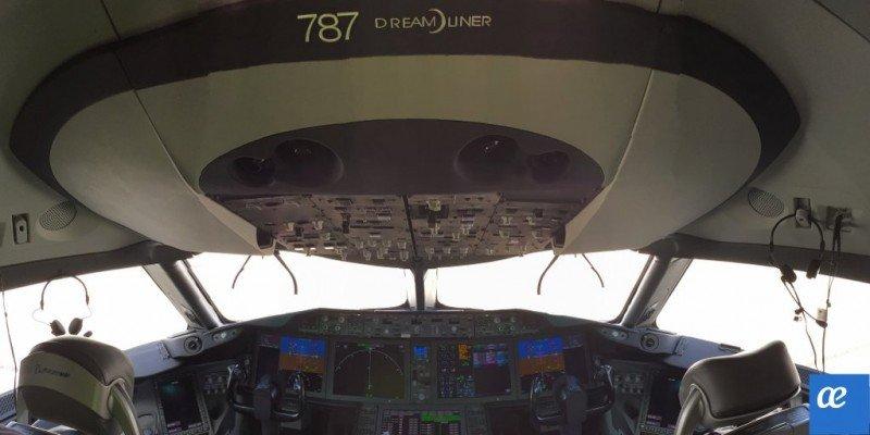 Cabina del primer Boeing 787 de Air Europa.