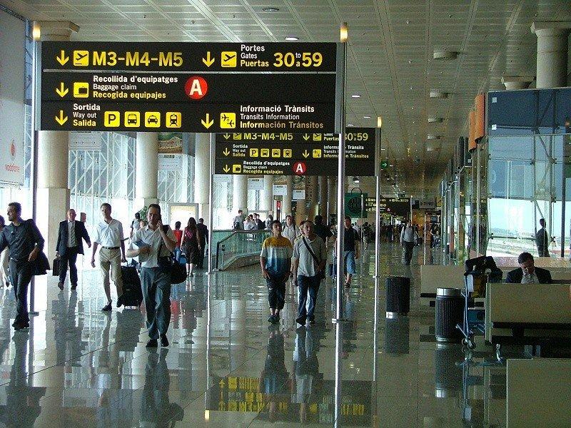 Barcelona-El Prat, uno de los aeropuertos españoles más afectados por la huelga de controladores aéreos en Francia.