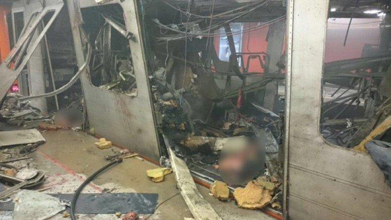 Imagen de cómo ha quedado uno de los vagones del Metro afectados por el atentado.