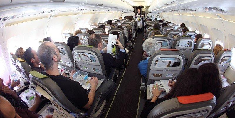 Desviados hoy la mayoría de vuelos entre España y Bruselas