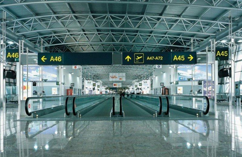 El Aeropuerto de Bruselas probará este martes sus instalaciones temporales