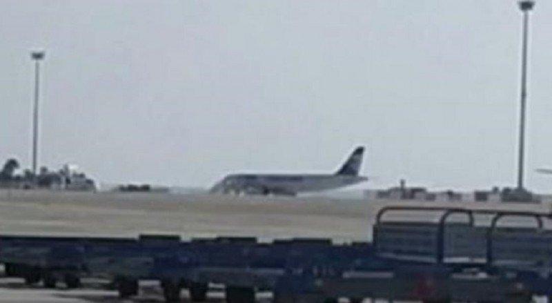 Liberan a la mayoría de los pasajeros del avión de Egyptair