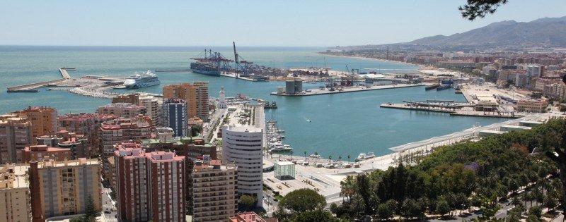 Dos consorcios compiten por el proyecto del hotel en el Puerto de Málaga