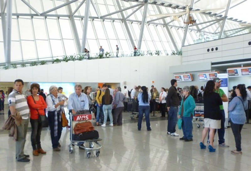 El Aeropuerto de Carrasco recuperó más de 200.000 pasajeros en dos años.