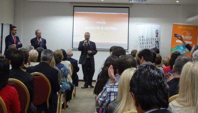 Presentación de Surland en Montevideo.