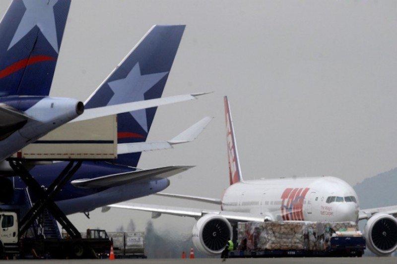 LATAM Airlines duplica sus pérdidas en 2015 y reduce inversión en flota