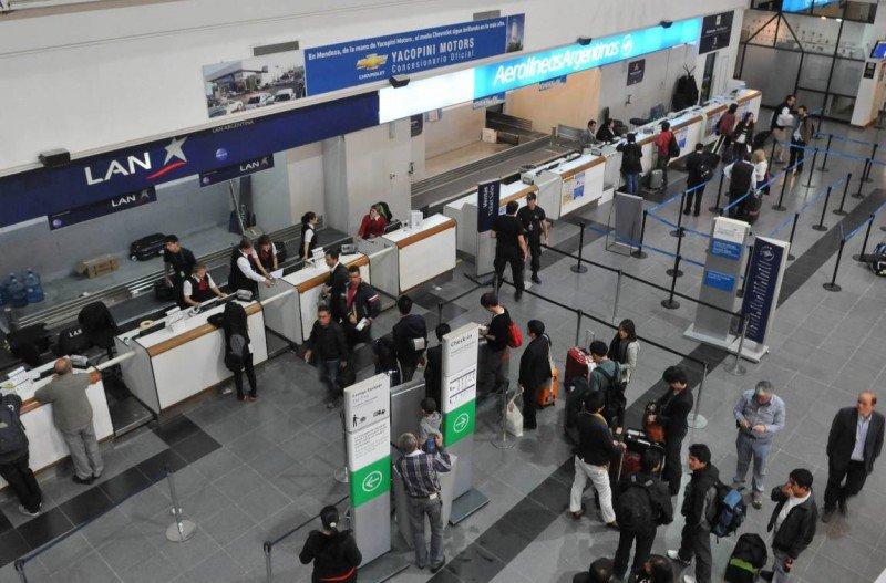 Aeropuerto El Plumerillo, Mendoza capital.