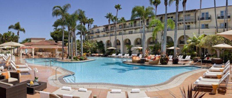 Blackstone negocia vender varios hoteles de lujo en Estados Unidos a Anbang