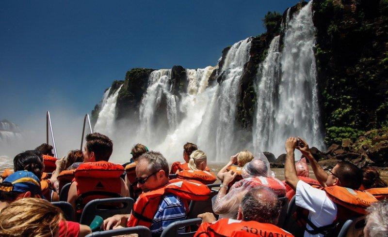 Cataratas del Iguazú y Mar del Plata lideran las elecciones para Semana Santa
