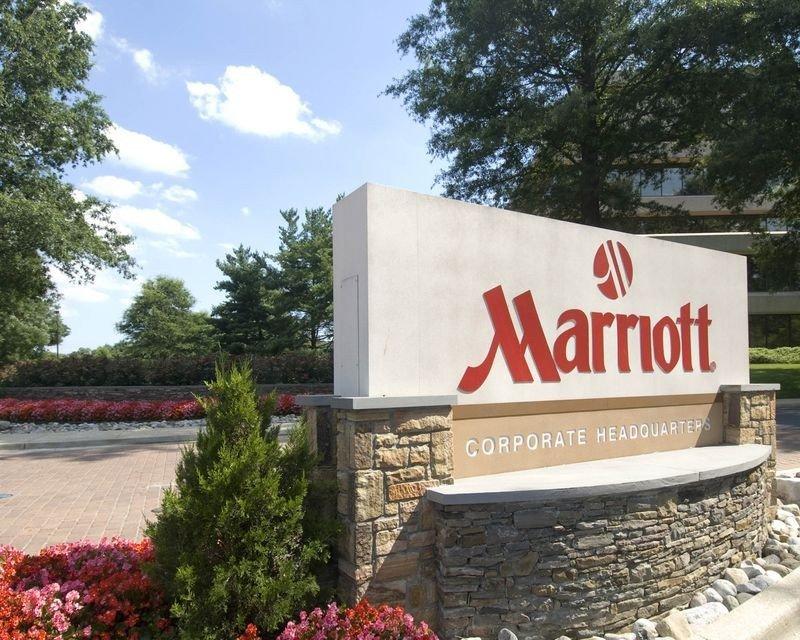 Marriott analiza la situación, tras ser informada por Starwood de que da marcha atrás en el acuerdo de fusión.