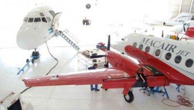 La compañía tiene una flota de seis pequeños aviones turbohélice, pero permiso para volar aeronaves de gran porte.