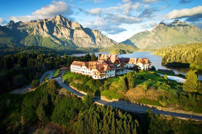El mandatario estadounidense y su familia se alojarán en el hotel Llao Llao.
