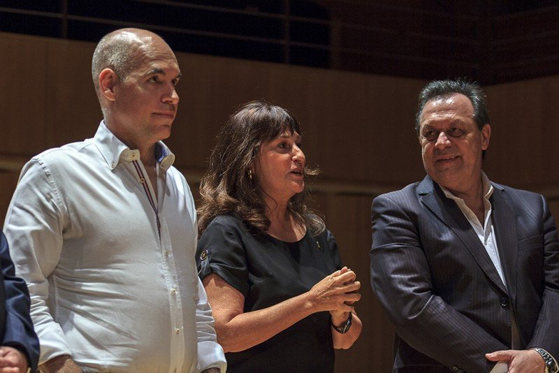 Horacio Rodríguez Larreta; María Podestá y Gustavo Santos.