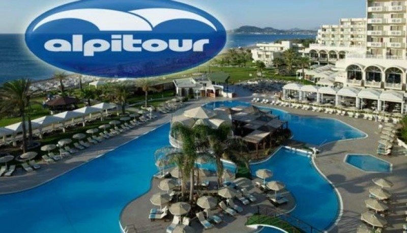 Alpitour prevé un 25 % más de demanda de turismo hacia España