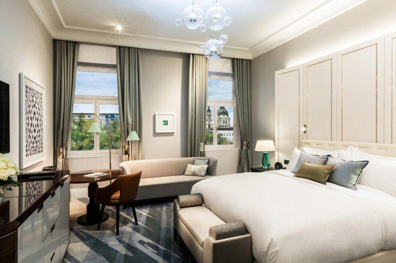 El establecimiento cuenta con 170 habitaciones y 30 suites.