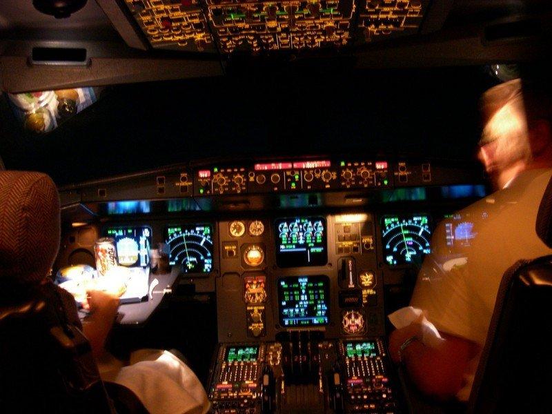 Alemania refuerza los chequeos a pilotos tras el siniestro de Germanwings