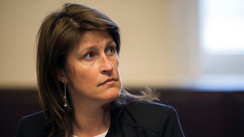 Jacqueline Galant no aguantó más la presión, tras año y medio de críticas a su gestión (Foto: dvz).