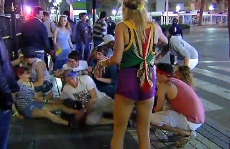 El turismo de borrachera es motivo de preocupación en varios destinos turísticos.
