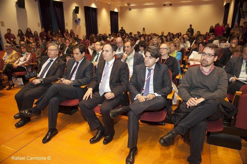 Participantes y asistentes en el congreso de turismo cultural.