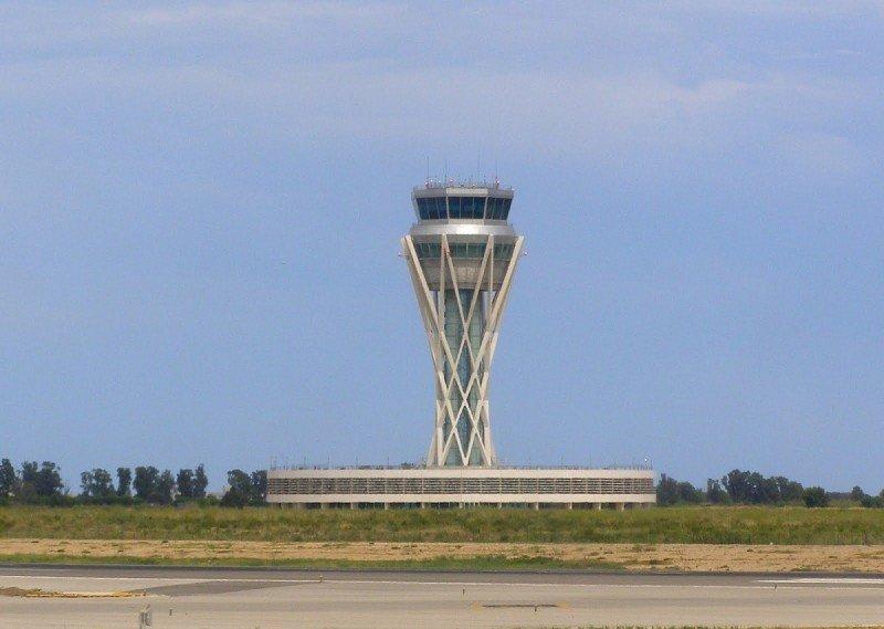 El Aeropuerto de Barcelona estará al límite para el verano, advierte USCA