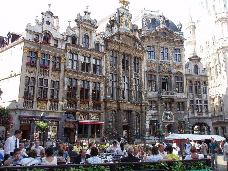 Hoteles y restaurantes de Bruselas pierden un 40% desde el 13N