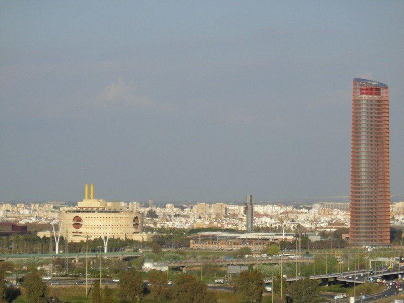 El futuro hotel ocupará de la planta 25 a la 37 del rascacielos.