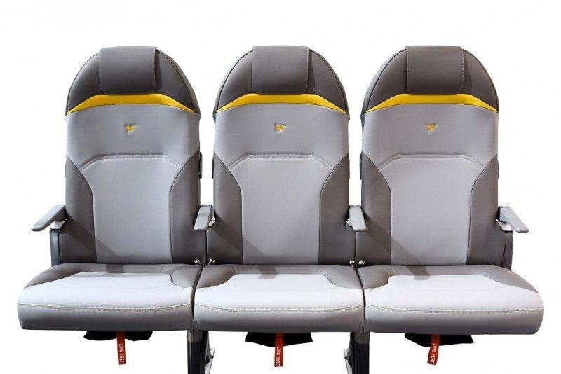 Asientos de avión más ligeros que un portátil