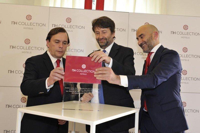 De izq. a dcha, el CEO de NH Hotel Group, Federico Gonzalez Tejera; el ministro de Cultura y Turismo de Italia, Dario Franceschini; y Chema Basterrechea, director general de NH Hotel Group en Italia.