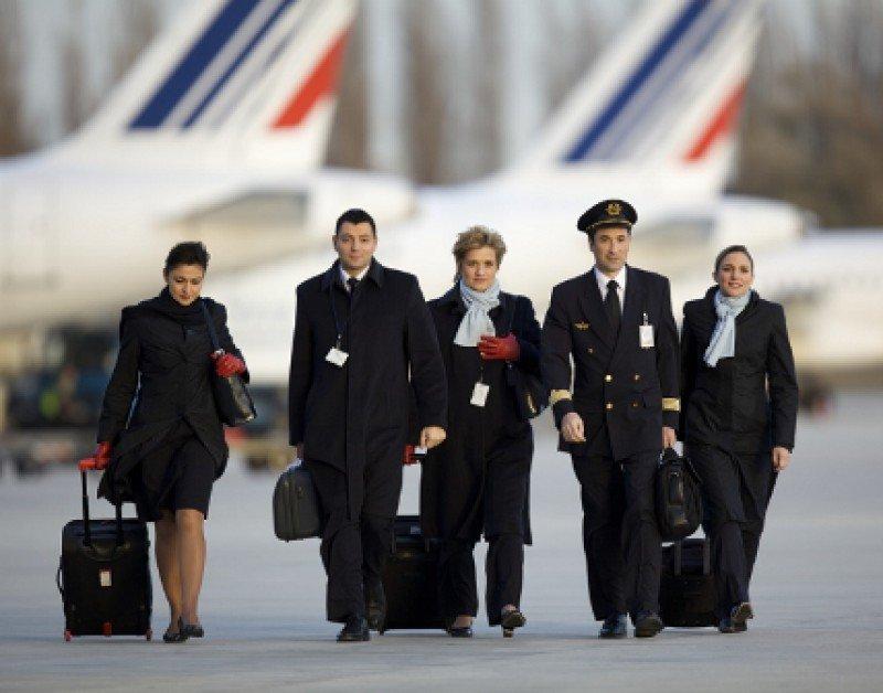Air France presenta una oferta a sus pilotos para reducir costos