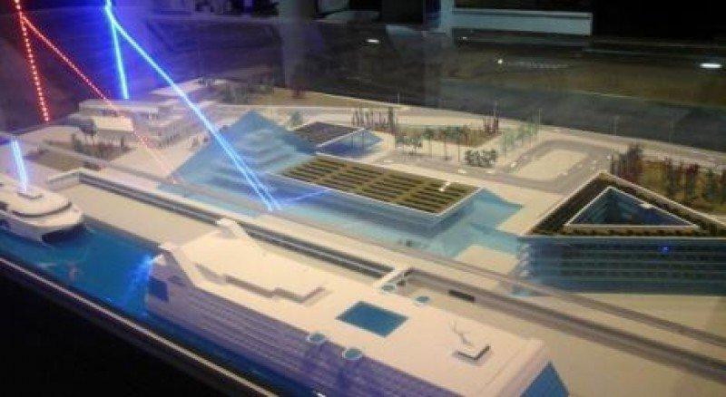 Maqueta presentada por Buquebus, que incluye instalaciones para ferrys y cruceros, además de infraestructura para pasajeros, áreas públicas y espacio de estacionamiento. Fotos: El Páis