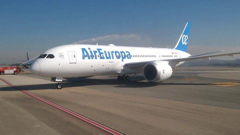 Air Europa firmó en 2015 acuerdos para adquirir 20 aviones Boeing 737-8 MAX