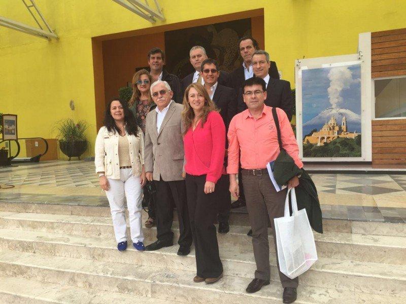 Representantes de las Asociaciones de Agencias de Viajes de Argentina, Bolivia, Chile, Colombia, México, Perú y Venezuela en la reunión de FOLATUR en Puebla.
