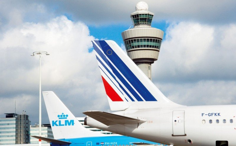 Air France-KLM reduce sus pérdidas en más de un 72%