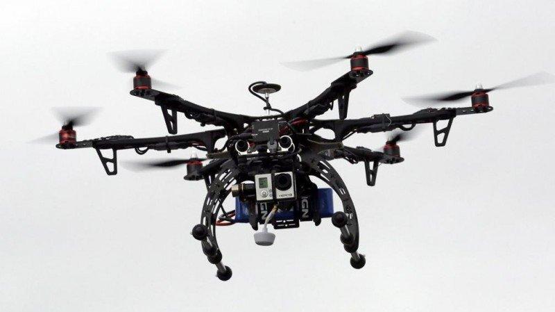 Europa evaluará el riesgo de colisiones entre aviones y drones