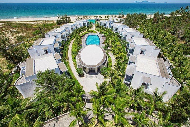 Área de las villas junto a la playa del Meliá Danang, en Vietnam, donde este verano ya gestionará tres hoteles.