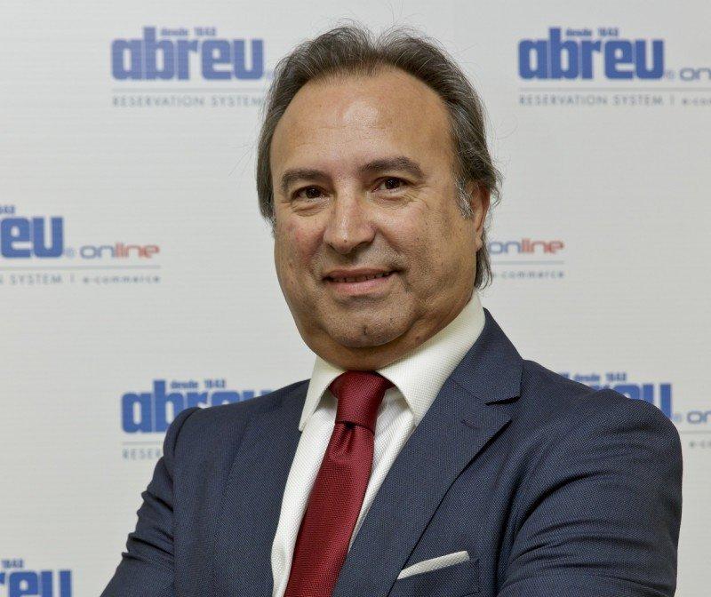 Luis Tonicha, managing director de Abreu online.