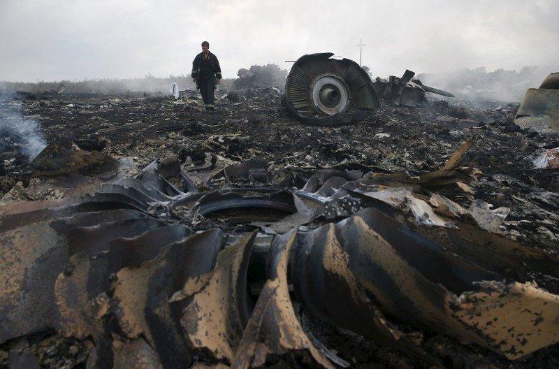 Las familias de las víctimas del MH17 demandan a Putin por 294 M €