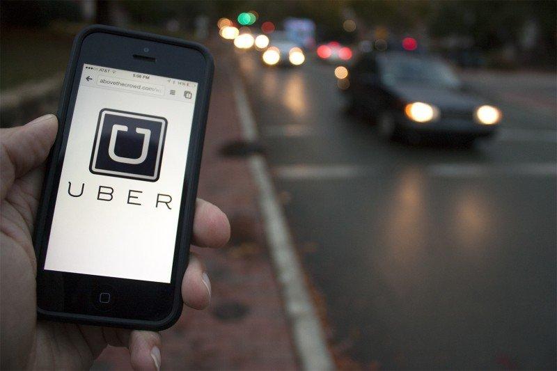 Toyota invierte en Uber