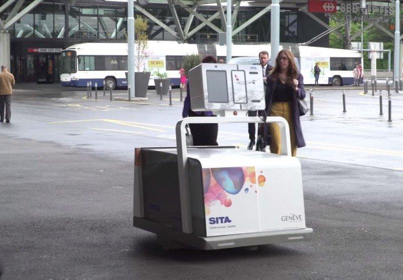Adif y accidente en Galicia, robot, drones, paros en Renfe, plan Norwegian