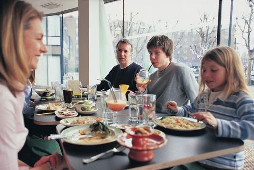 El 40,6% de los hogares españoles no se puede permitir salir de vacaciones al menos una semana al año.