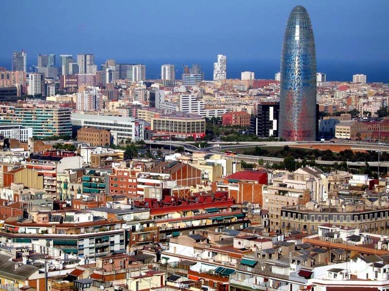 """La actividad de uso turístico """"no está prohibida por las normas estatutarias ni las normas urbanísticas del sector', razona el Tribunal Superior de Justicia de Cataluña."""